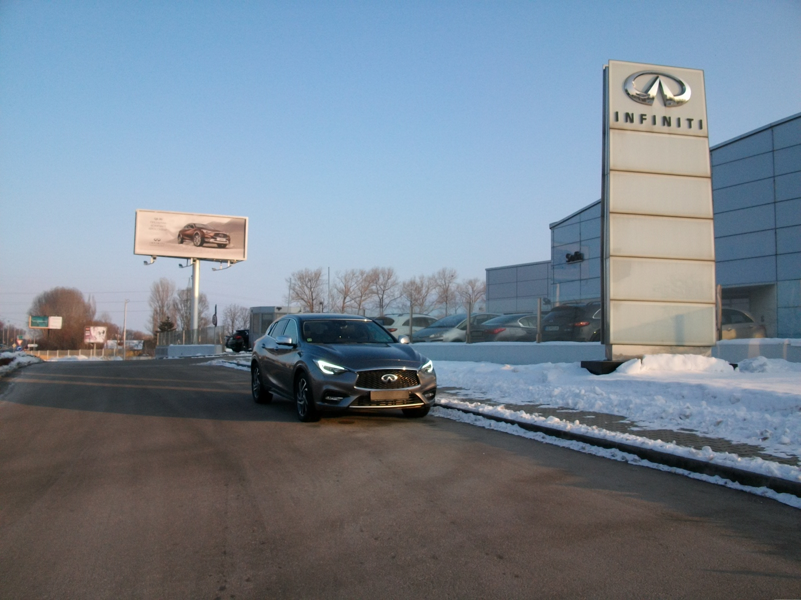 INFINITI Q30 2.2d AWD Launch Ed.