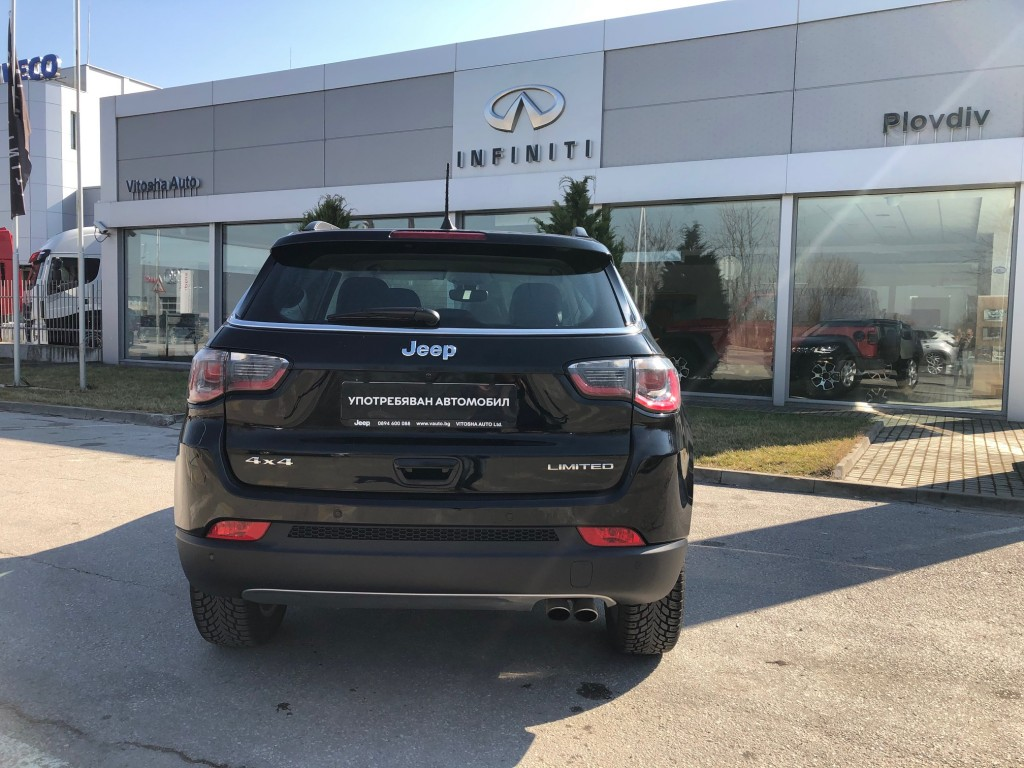 Jeep Compass LIMITED 4×4
