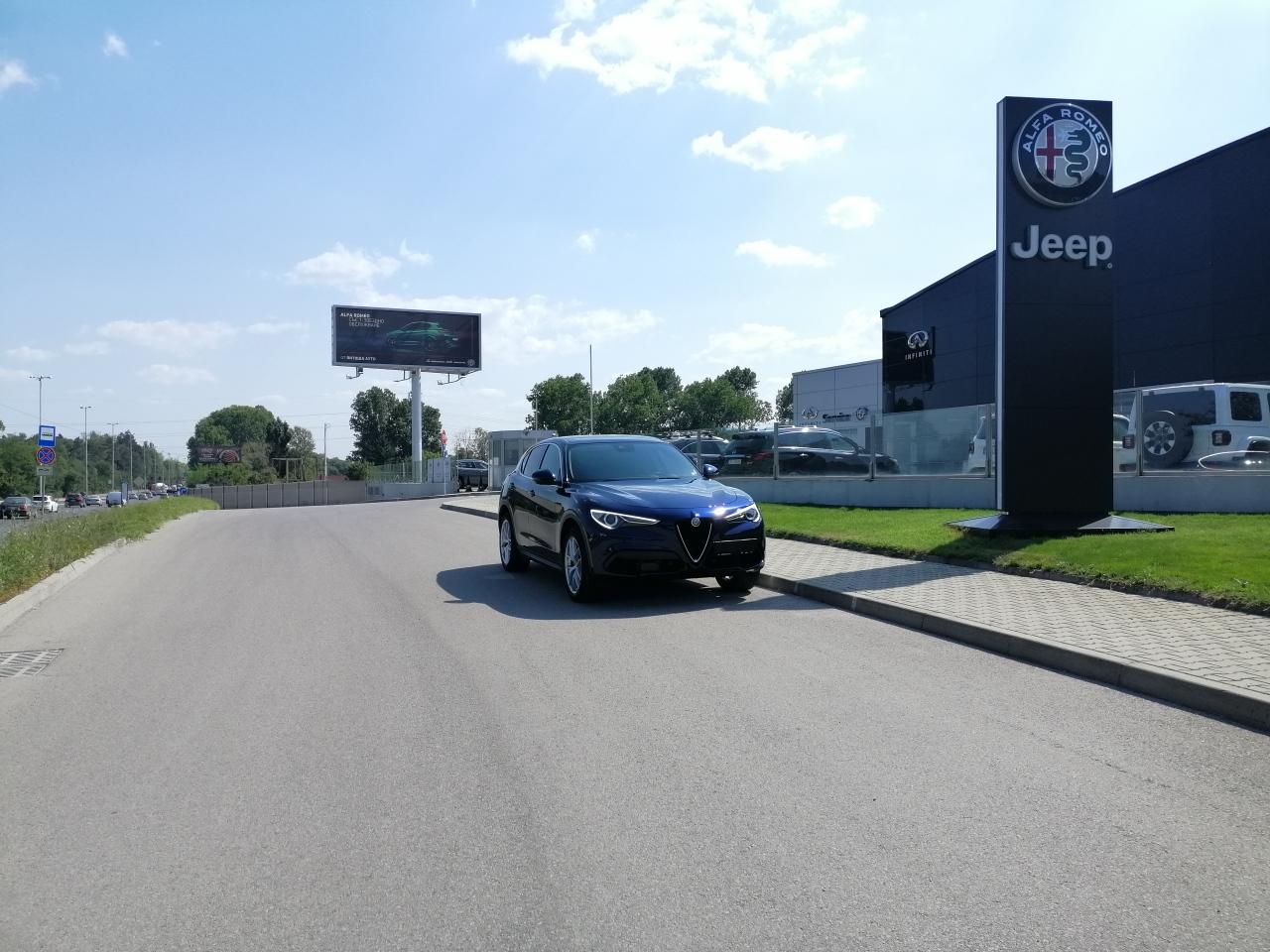 Alfa Romeo Stelvio 2.0t AWD